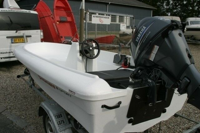 Fabriksny - Pioner 11 Sport, Styrepultbåd, 125