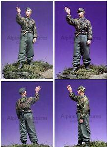 Alpine-Miniatures-1-35-35043-SS-Panzer-Recon-Crew