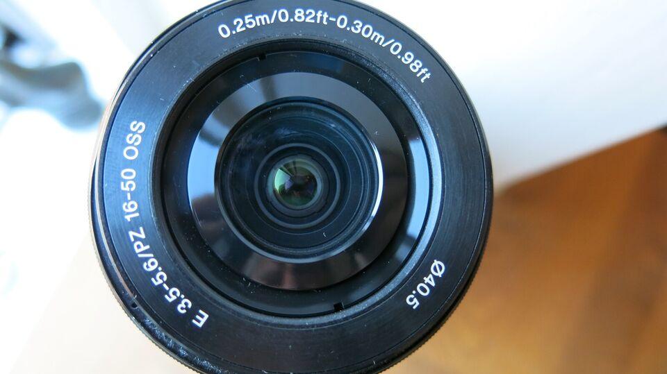 Zoomobjektiv, Sony, SELP1650