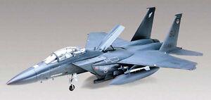 Revell-F-15E-Strike-Eagle-1-48-scale-airplane-plastic-model-kit-new-5511