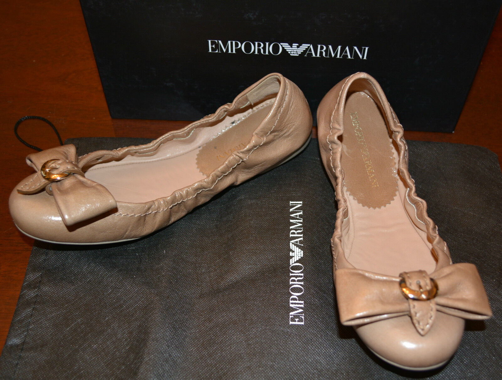 NIB EMPORIO EMPORIO EMPORIO ARMANI LEATHER FLATS SHOES  SZ US 6 EU 36  445 3ee335