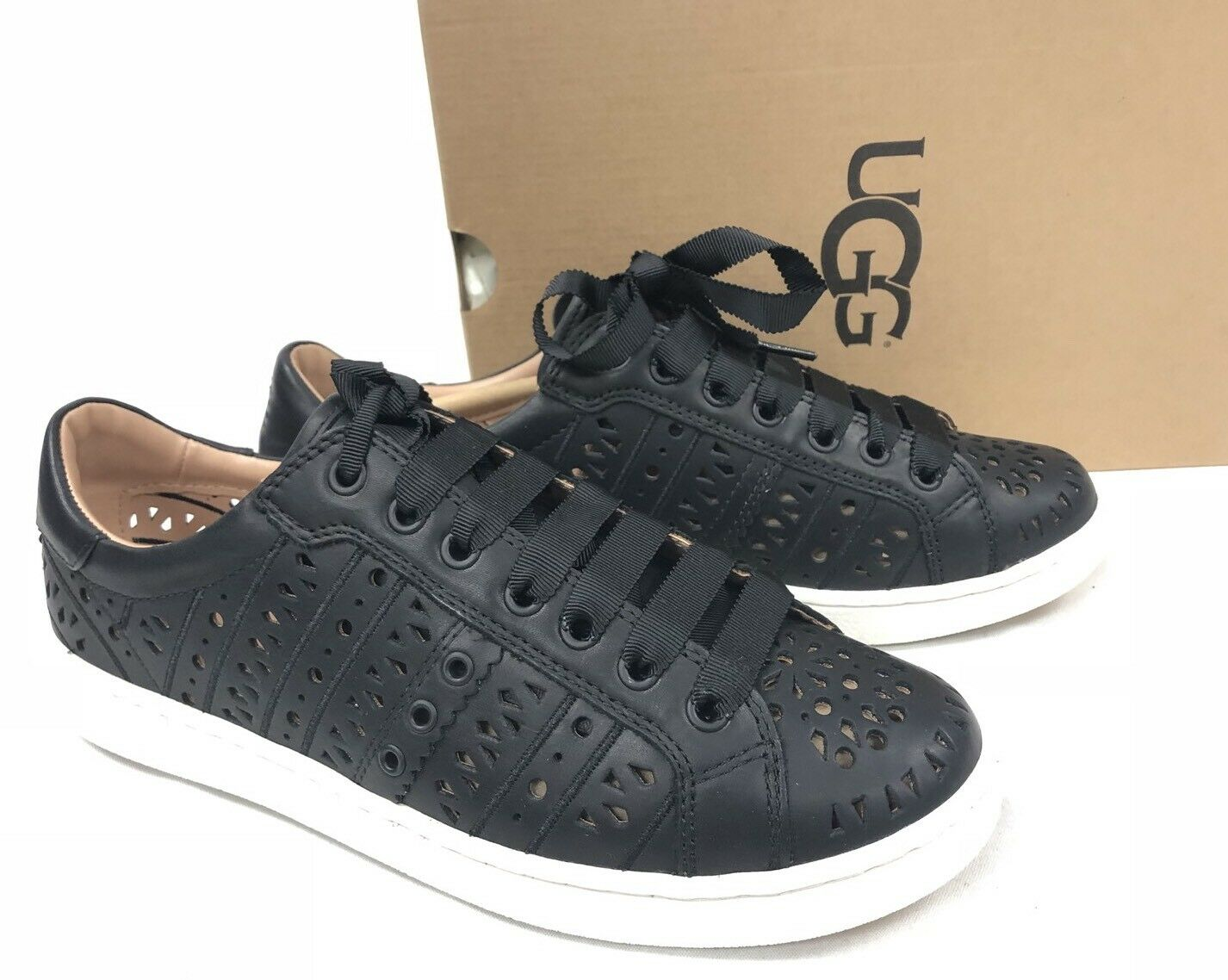 Ugg Australia Milo Perf Schwarze Sneakers mit Schnürung Tennisschuhe 1092071