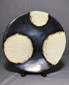 Art-Studio-Pottery-Signed-TDW-Plate-Dish-Hydrangea-Wish-Flower-Ivory