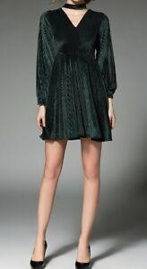 ee8d1985b1eed Caricamento dell immagine in corso Elegante-vestito-abito-corto-verde -velluto-tubino-slim-