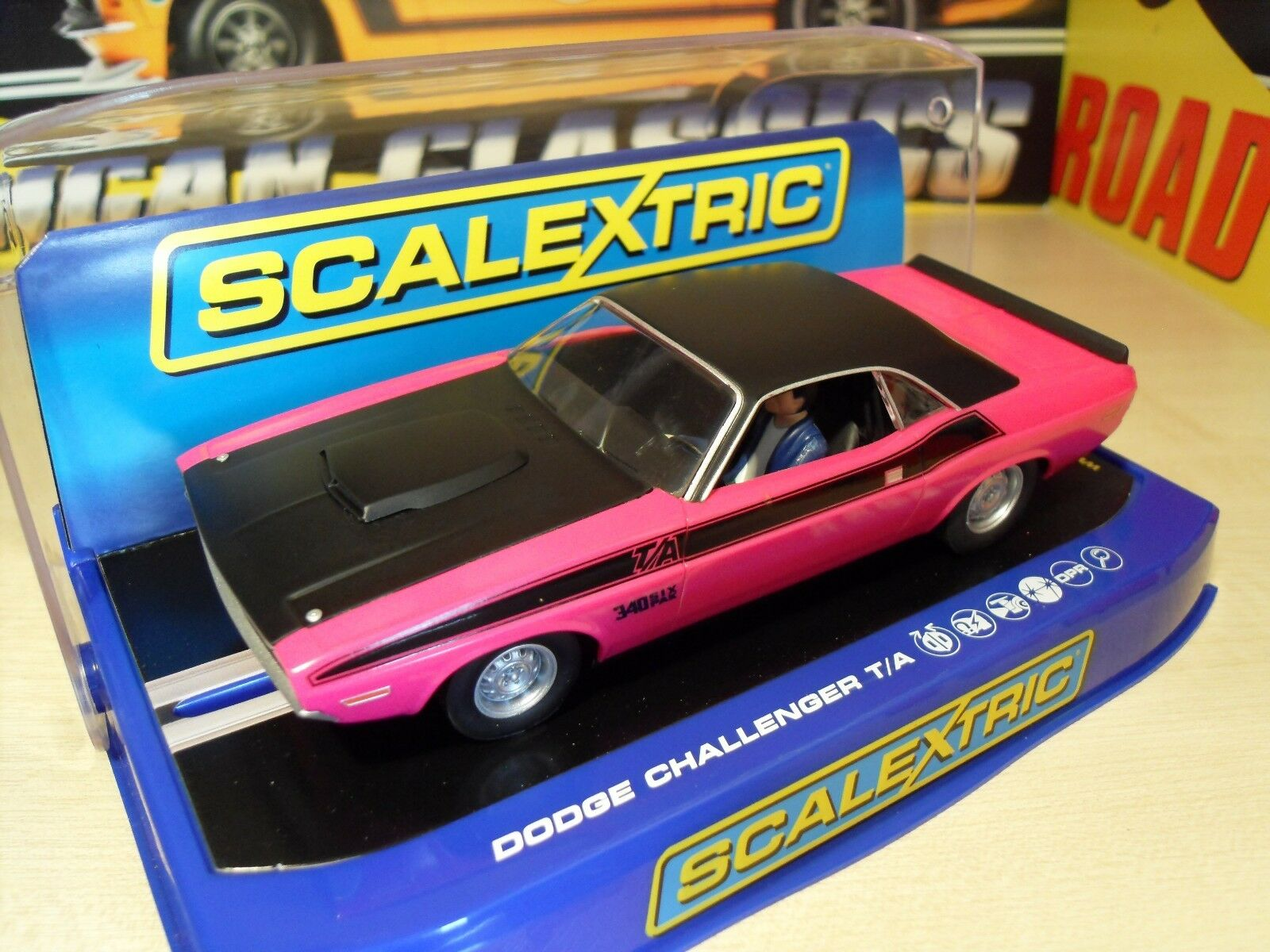 Scalextric C3537 Dodge Challenger T A '340 Six Pak' - Brand New in Box.