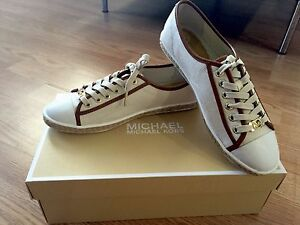 a62df337b5c Details about MICHAEL KORS Women Kristy White Canvas Leather Sneakers 8  SOLD OUT NEW