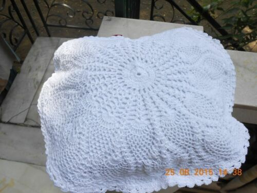 """Crochet full lace cushion cover size 18/"""" color White in a set of 2"""
