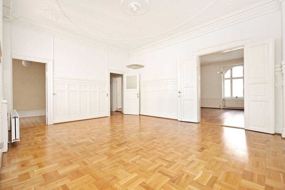 1558 5 vær. andelslejlighed, 173 m2 3 sal, Månedlig ydelse