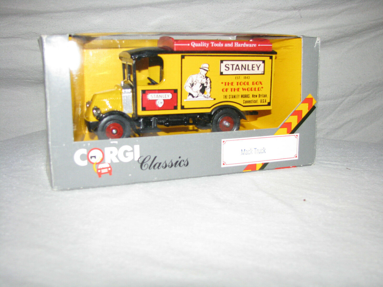 5 different Vehicles with Stanley 92 or Stanley Works Logo Logo Logo New fca192