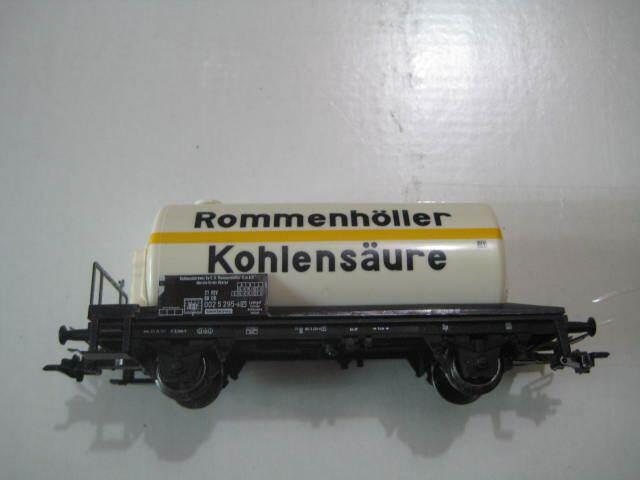 Marklin H0  Rommenhöller Kohlensäure  Gas Tank Car from Marklin Starter Set