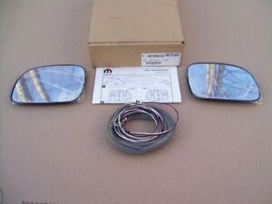 NEW-Mopar-2001-2005-Chrysler-Dodge-MiniVan-outside-MIRROR-GLASS-with-Turn-Signal
