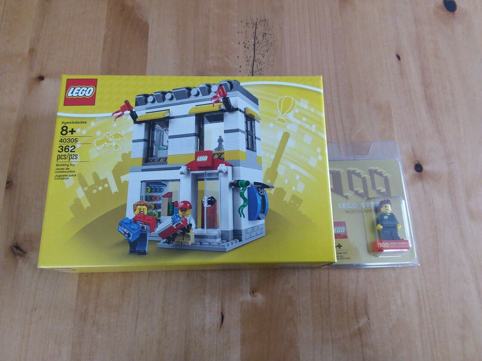 LEGO Exclusive 100th Store Opening Minifig and LEGO store store store 40305 FREE SHIPPING  80d003