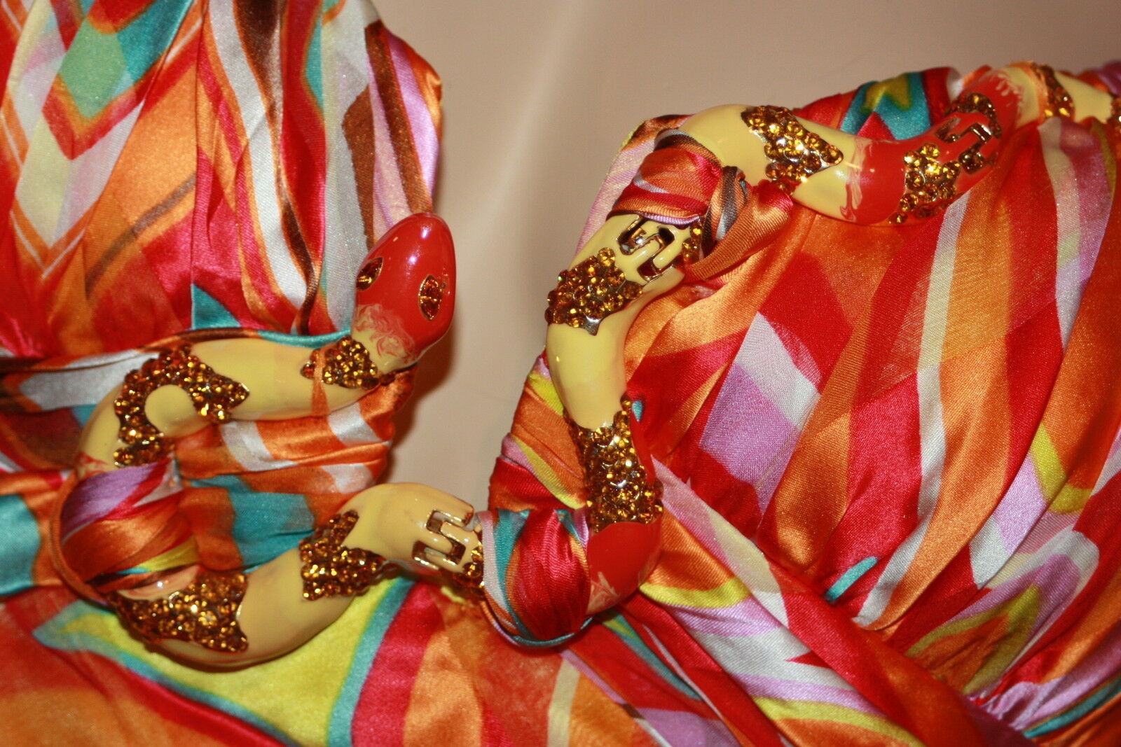 New GINGER & JAVA 8 M Bright colorful Crystal Snake Snake Snake Asymmetrical Silk Sun Dress 023726