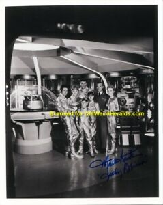LOST-IN-SPACE-SIGNED-PHOTO-1-MARTA-KRISTEN-Judy-IN-PERSON-1990-039-s-B-amp-W-60s-TV