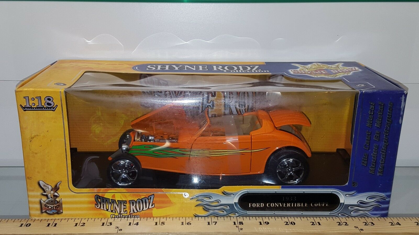 1 18 ROAD SIGNATURE YATMING SHYNE RODZ 1933 FORD ROADSTER orange pd 3