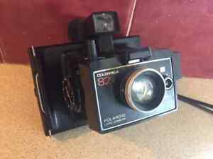 Polaroid-Land-Camera-Colorpack-82-With-Flash-Light-Vintage