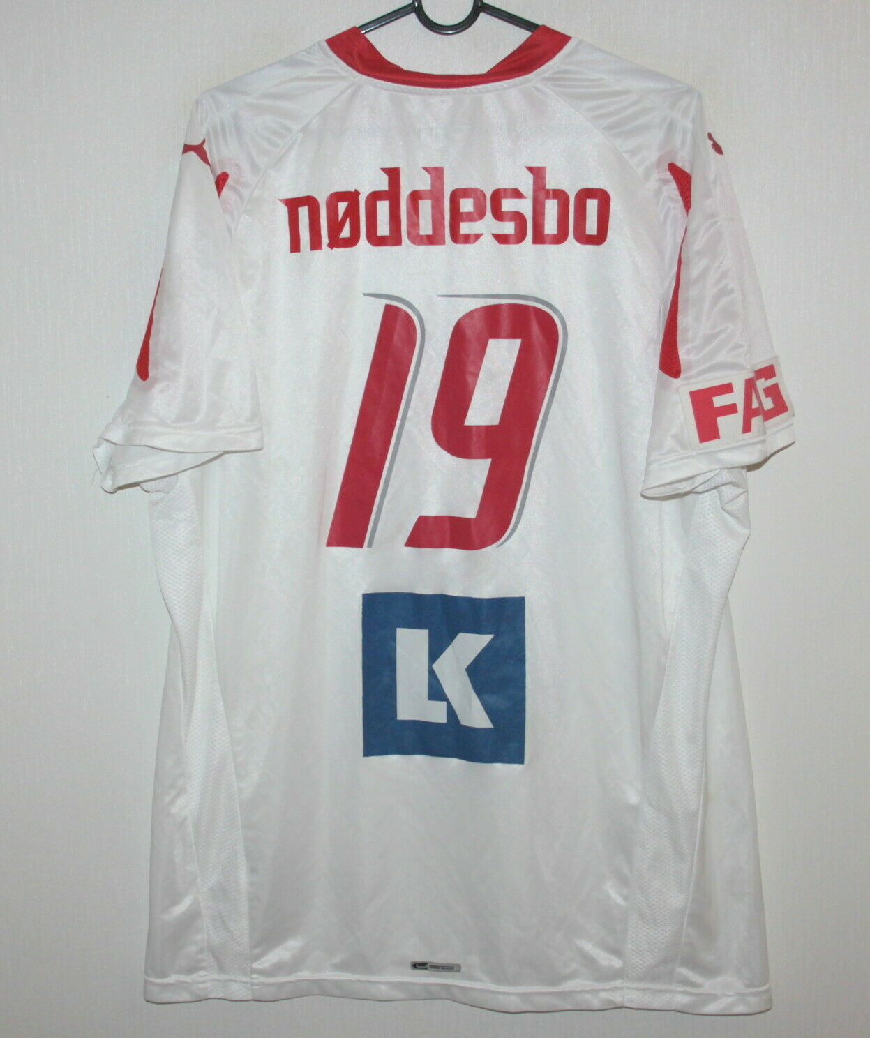 Dinamarca Balonmano Equipo Match Worn firmado Camisa Jasper Noddesbo Puma Tamaño Xl