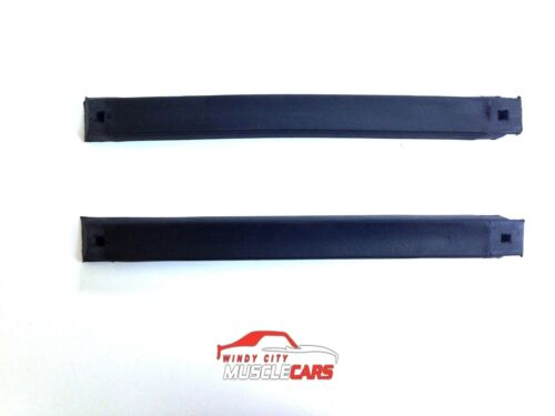 1983-93 Ford Mustang Convertible Top Side Rail Weatherstrip Kit