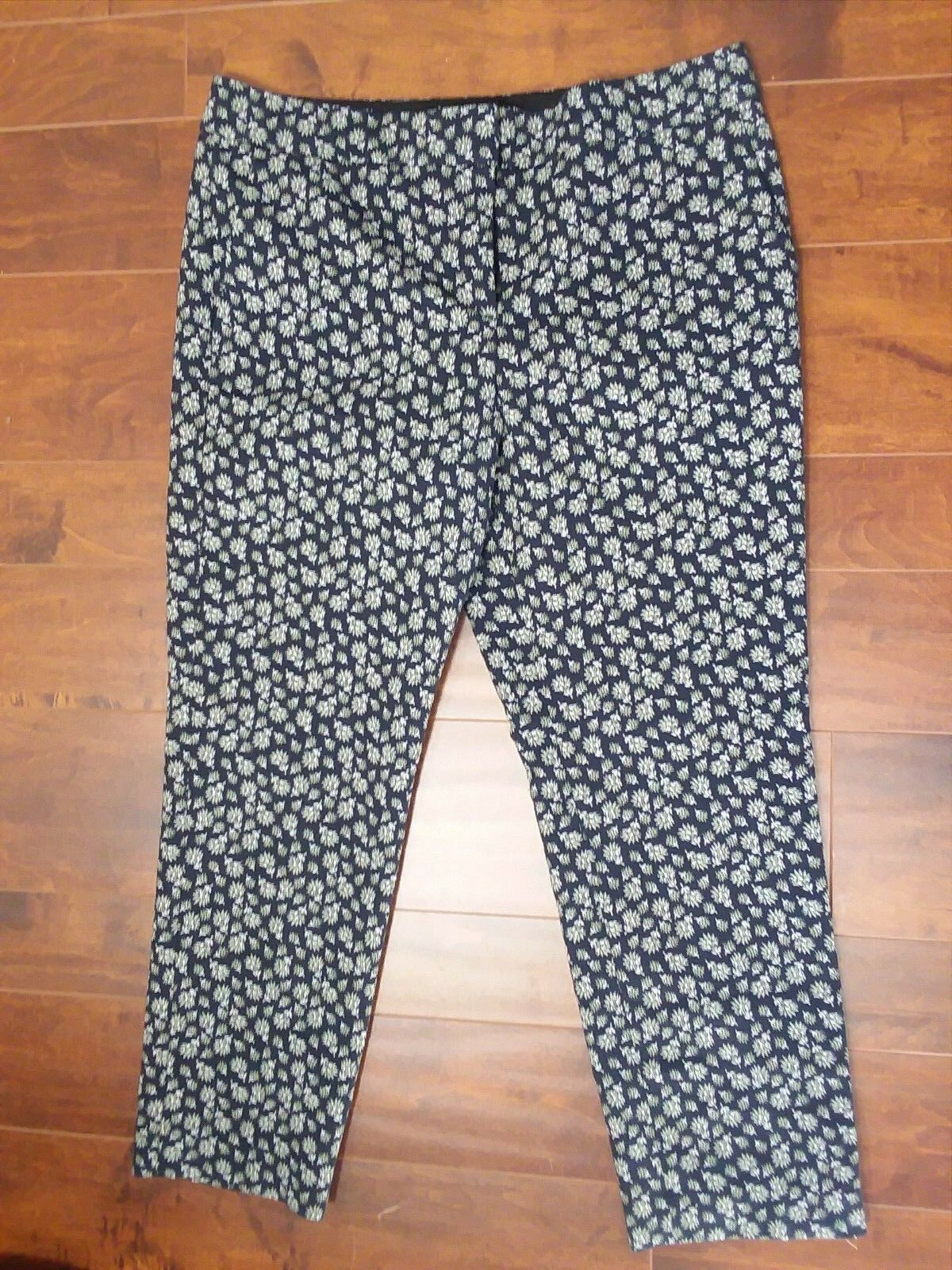 Ann Taylor Devin Straightest Fit Dress Pants Floral Women Size 10 NWOT HP