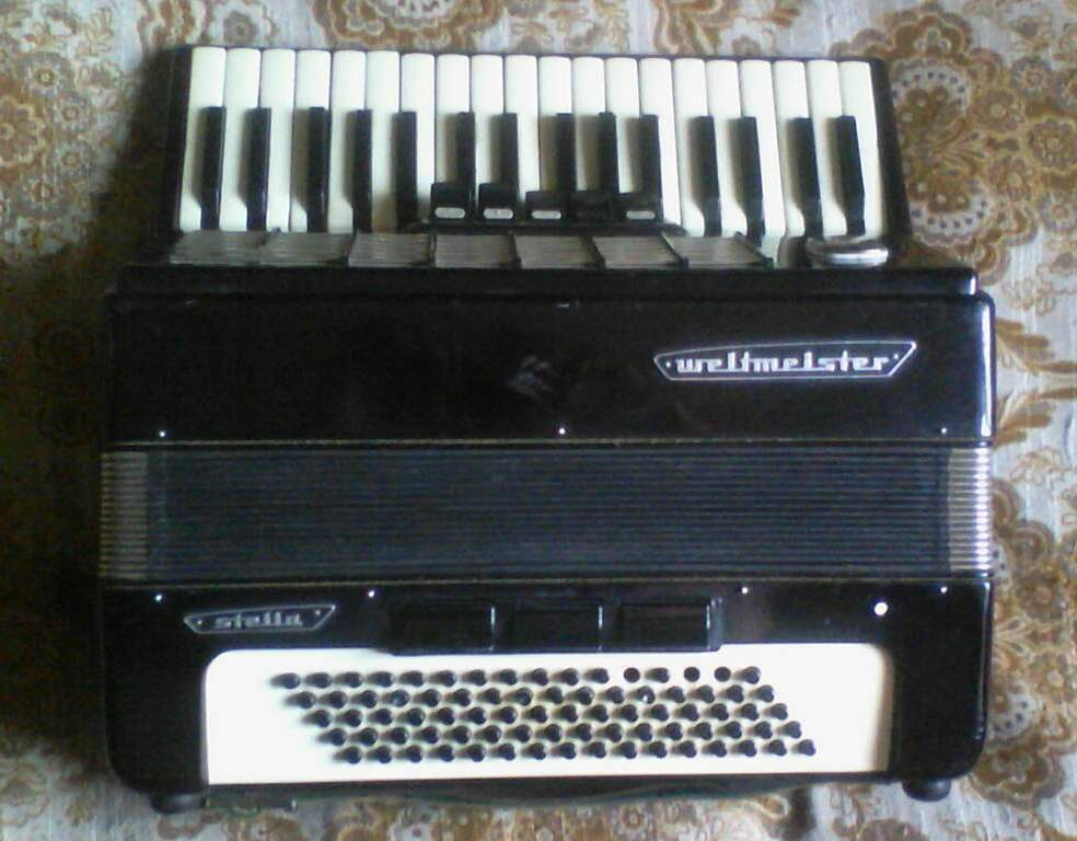 Accordion Welmeister Stella, 3 \ 4, 80 bass, Germany, 1995