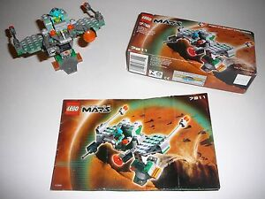 Lego-Space-Life-On-Mars-Red-Planet-Cruiser-7311