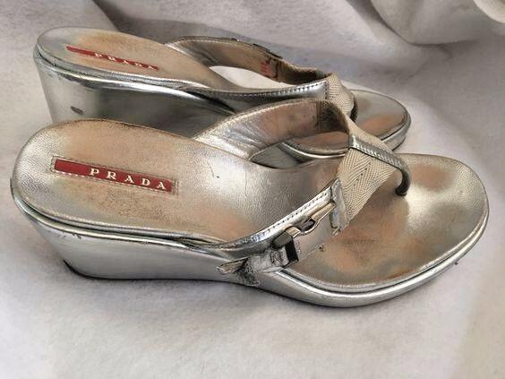 Prada Metallic Metallic Metallic Silver Thong Platform Wedge Sandals Women's sz 39.5 or 10 ea2ff7