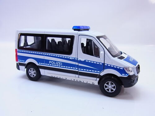 "56298 Welly MERCEDES BENZ 2015 SPRINTER TRAVELINER /""POLIZIA/"" modello di auto 1:40 NUOVO"