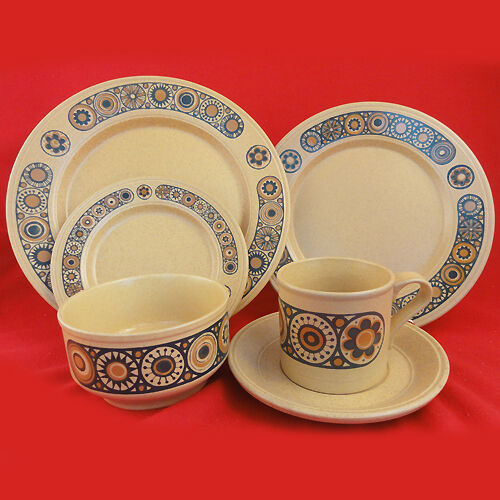 BACCHUS Staffordshire Pottery 6 Piece Place Setting made in England NEW IN BOX