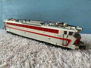 Locomotive-electrique-CC-40101-grise-SNCF-JOUEF-circuits-trains-electriques-HO