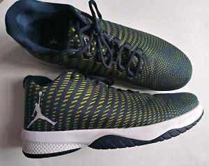 Nike Jordan B. Fly Size 15 Basketball