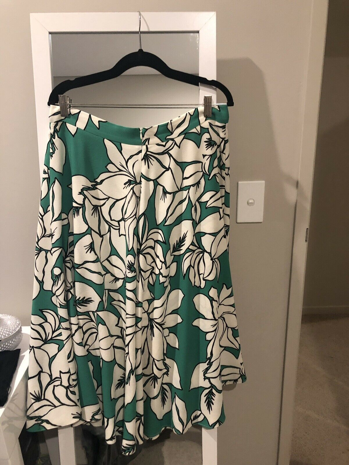 Veronika Maine Green Floral Circle Skurt 14