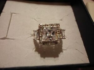 Simulated-Square-Diamond-Ring-w-Accents-in-925-Sterling-Size-7-6-00-Carats