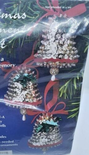 Sulyn HOLIDAY GOLDEN BELLS Holly Vtg Sequin Bead Christmas Ornament Craft Kit