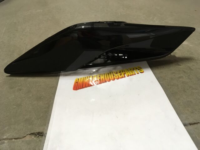 OEM 22898851 GM 15-17 C7 Corvette Genuine Z06 Right Quarter Panel Scoop Vent