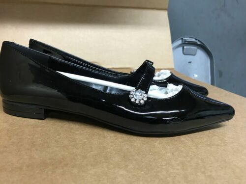 Ex M/&S Ladies new flat shinny black shoes