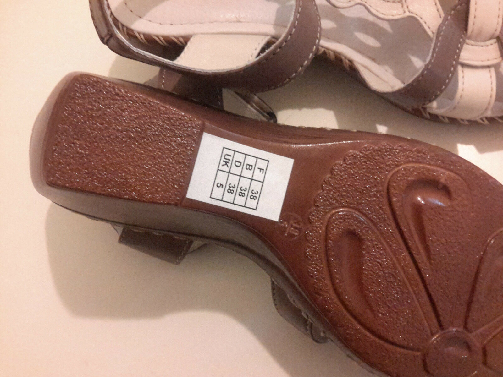 AFIBLE  Wo      New Leather OCTANTE Sandals 723318