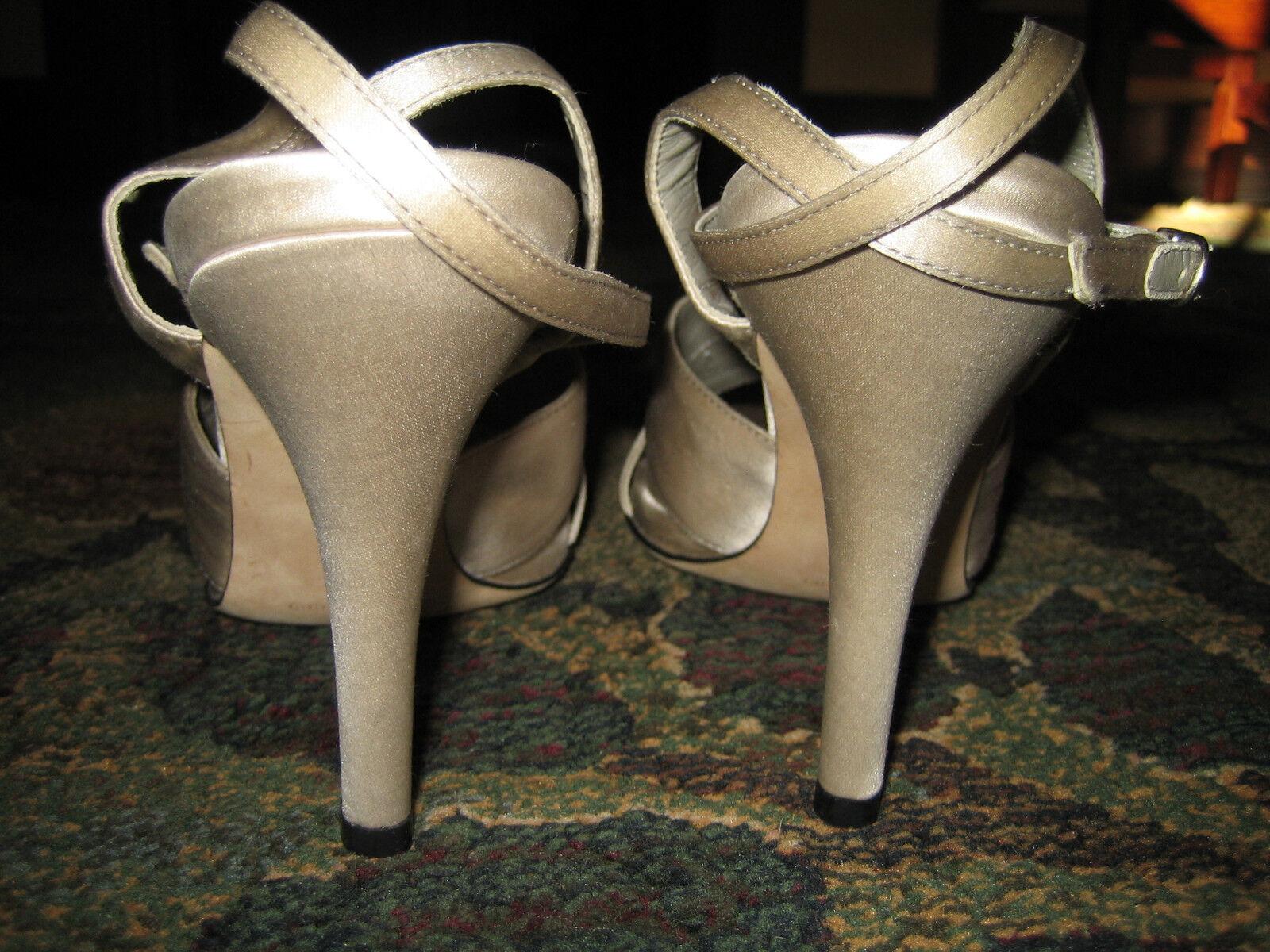 New, Laundry by Shelli Shelli Shelli Segal. Champagne Satin Ankle Strap Heel. 7-1 2 5cbb7b