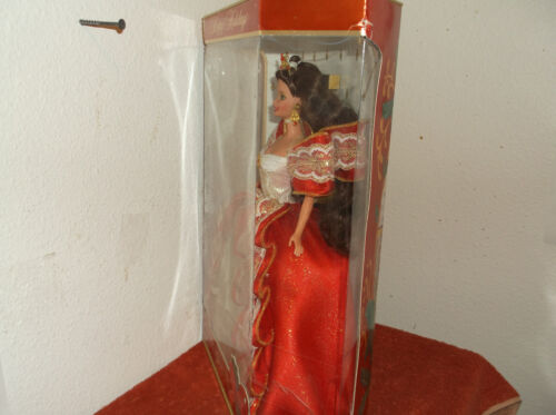 """VINTAGE /""""BARBIE..HAPPY HOLIDAYS/""""....1997....NEW IN BOX"""