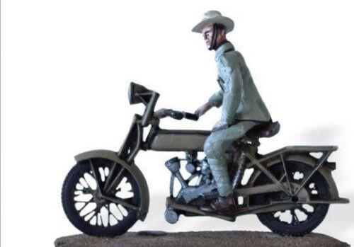 Soldaten führen in Motorrad 1:30 dutch Kolonialtruppen Motosacoche SMI040