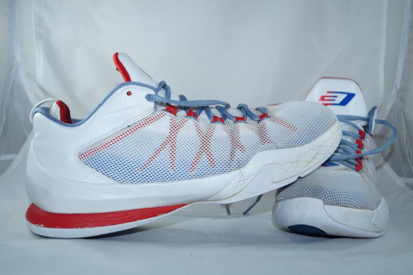Air TOPS Jordan CP3 LOW TOPS Air Weiss Gr: 44 BasketballZapatos 8dfc7f