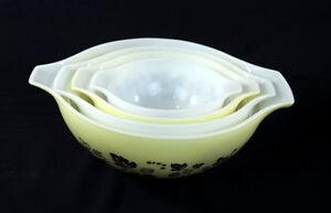 Gooseberry-Pyrex-Bowl-Set-Yellow-White-Black-Cinderella-Batter-Nesting-Bowls-Set