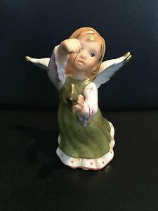 Goebel-Figurine-Angel-With-Star-4-7-8in