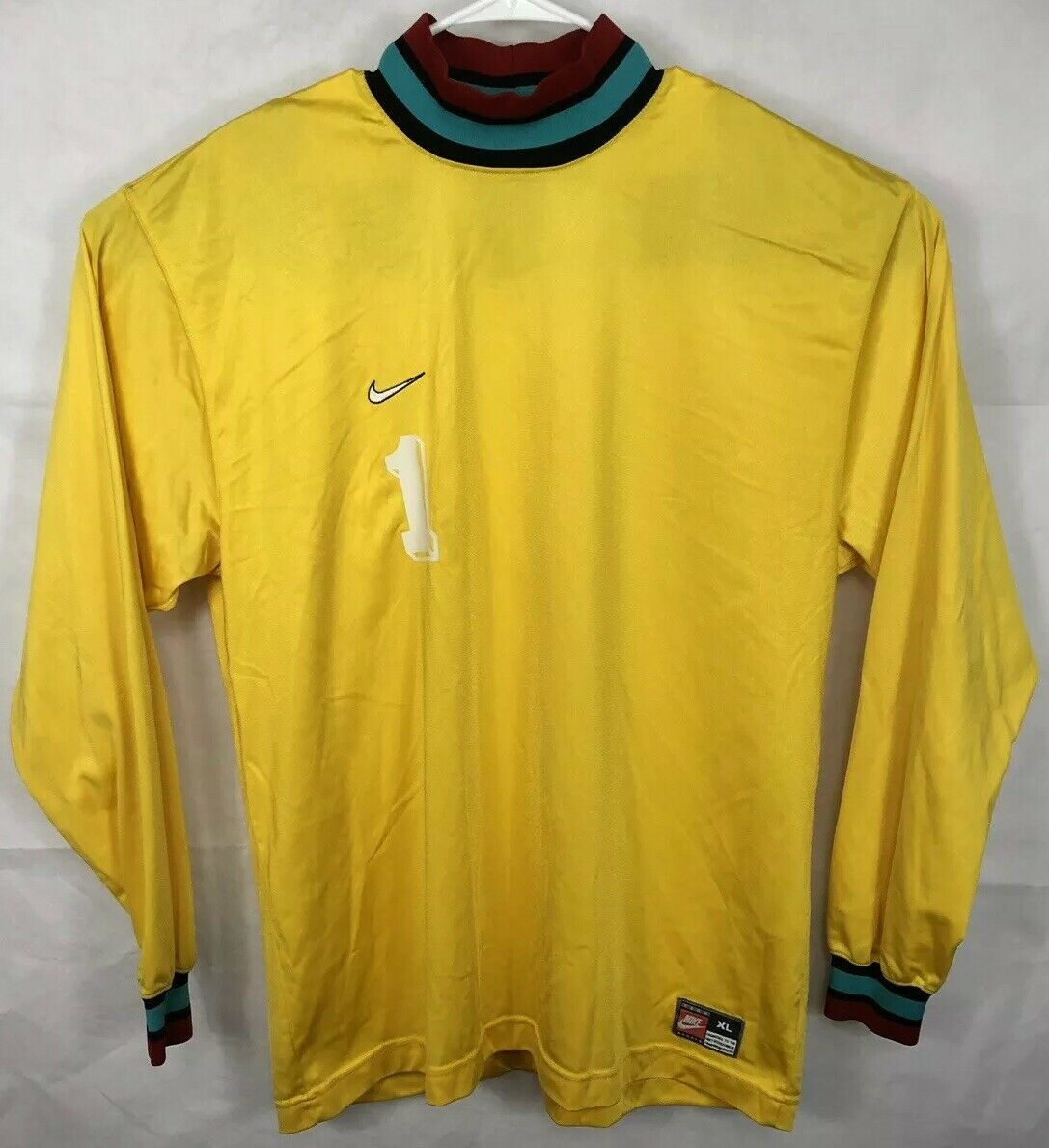 1141130c75a VTG NIKE Team Sports Soccer Jersey Long Sleeve Goalie Yellow Teal XL White  Tag
