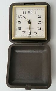 Vintage-Wextclox-Travel-Alarm-Clock-Wind-Up-w-Folding-Case-and-Box