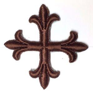 Vintage-Frances-Cruz-Fleury-Bordado-3-034-para-Coser-Marron-B-Emblema-Parche-2PC