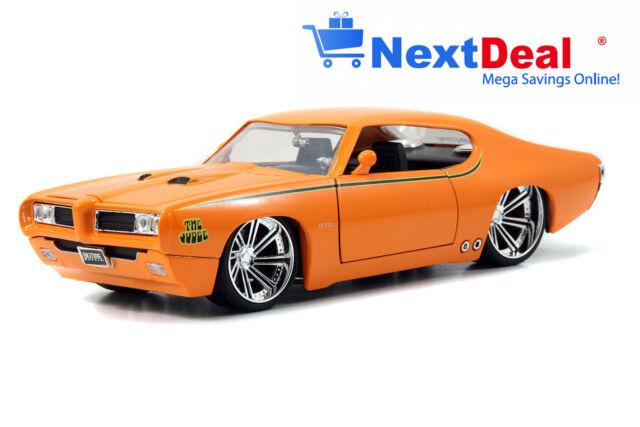 1969 Pontiac GTO Judge Orange Jada 1:24 scale Diecast Model Car