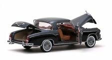1958 Mercedes-Benz 220SE Silver & Black 1:18 SunStar 3567