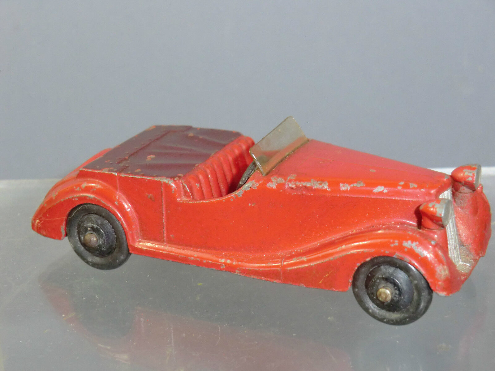 VINTAGE DINKY TOYS MODEL  No.38b SUNBEAM TALBOT SPORTS TOURER      RED VERSION