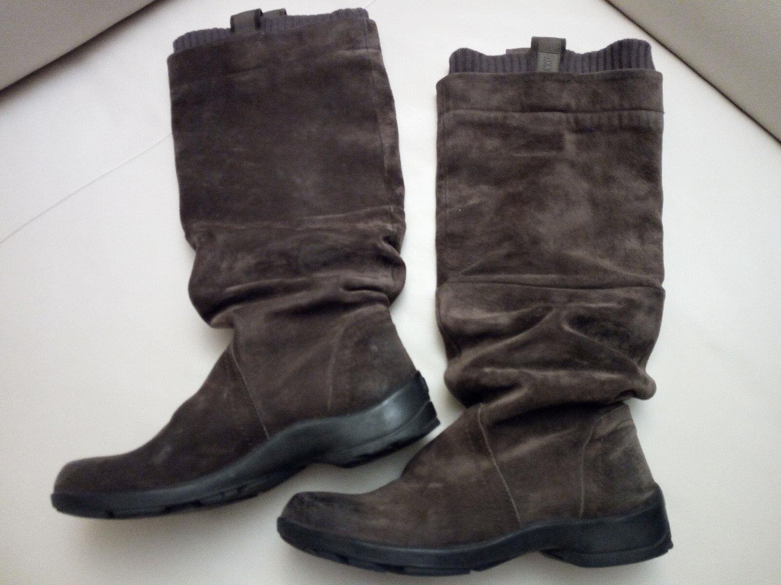 DKNY altas señora botas de gamuza talla 8 1 2
