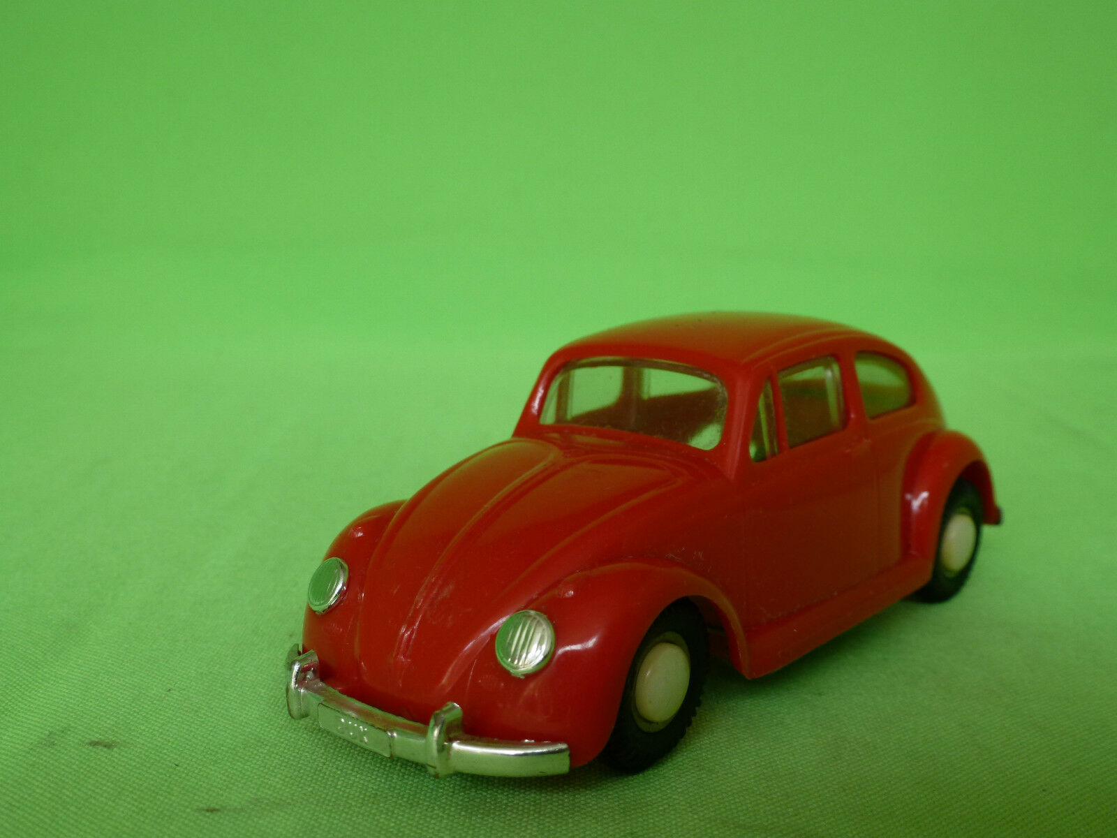 DUX  VW VOLKSWAGEN   PLASTIC    RARE SELTEN IN VERY GOOD CONDITION